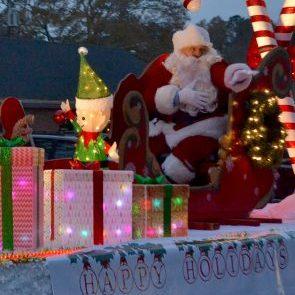 Christmas parade-preview copy online